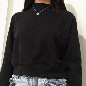Forever 21 cropped long sleeve top
